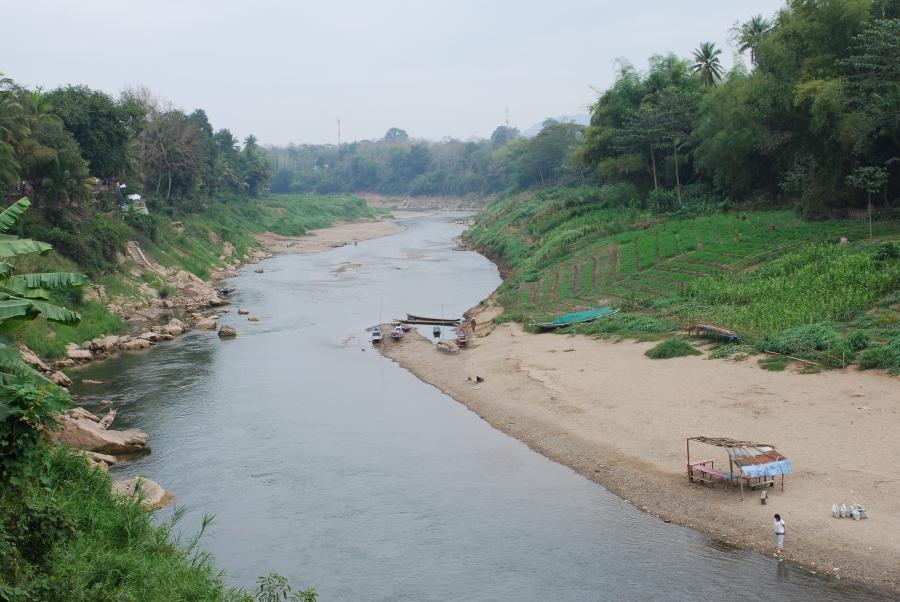 สวนผักริมน้ำคำเมืองหลวงพระบาง-เขื่อนไซยะบุรี